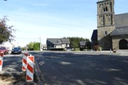 Kirchplatz_Weywertz-004