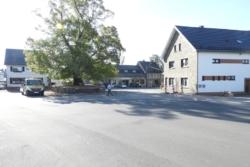Kirchplatz_Weywertz-005